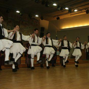 1ο Παγκόσμιο Φεστιβάλ Χορωδιών Μιούζικαλ 2011 -Θεσσαλονίκη- Χορευτικό Συγκρότημα Κοινωνικού Συνδέσμου Χαριλάου - Θεσσαλονίκη